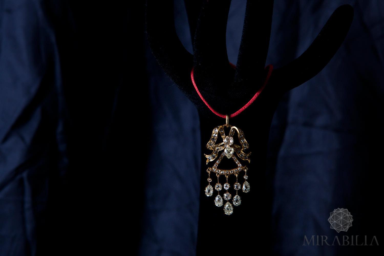 Mirabilia – Ciondolo Fiocco Diamanti