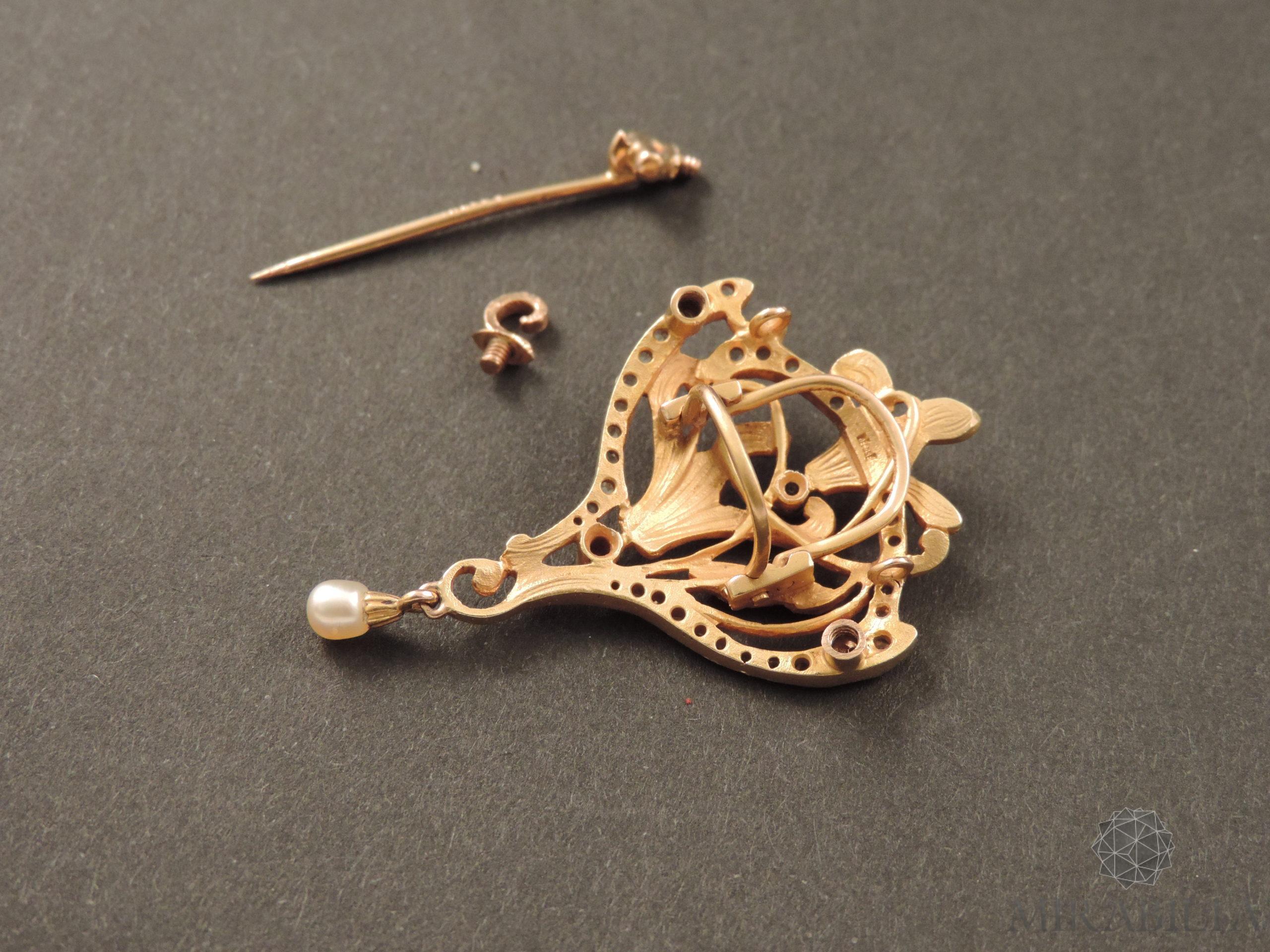 """Spilla ciondolo """"Trasformabile"""" Art Nouveau in oro e pietre preziose (dettaglio retro)"""
