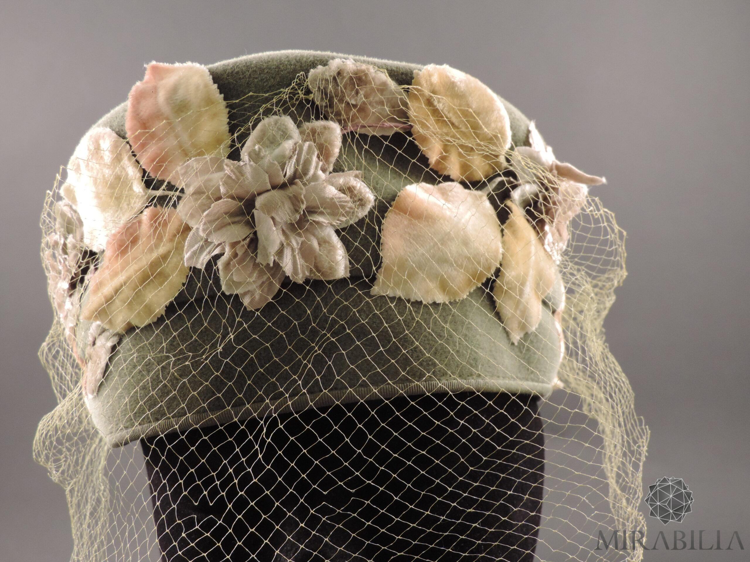Cappellino con veletta Stetson, anni '30 (dettaglio veletta frontale e foglie )